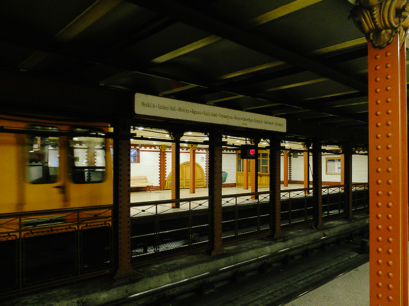 budapest_metro_neima_pidal_054